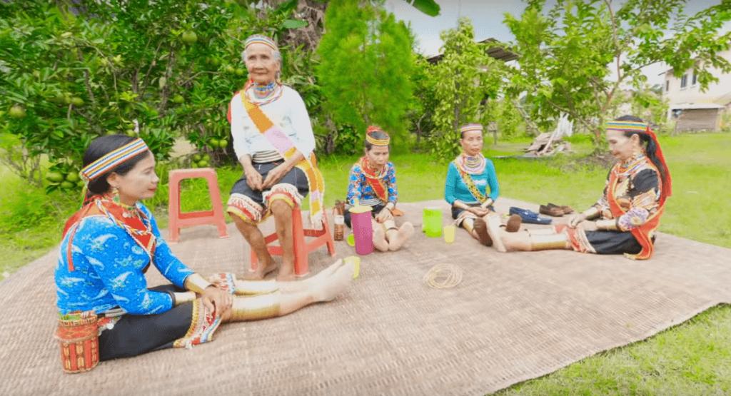 Ketahui Asal Usul Gelang Tembaga Bidayuh dan Lima Pemakai Terakhir di Sarawak