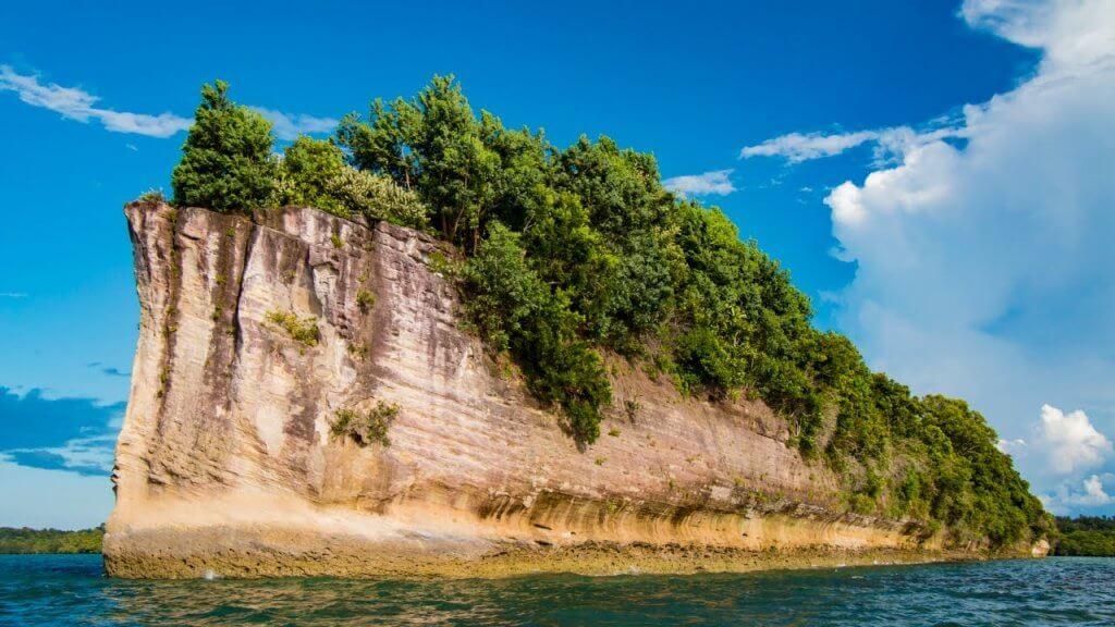 Pulau Pasir Timbul : Hidden Gem di Pitas Sabah. Boleh Jalan Atas Air!