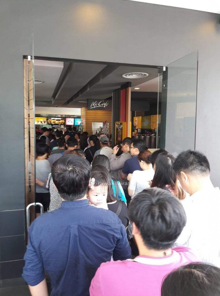 Beg Limited Edition Hello Kitty di McDonald Gemparkan Kuching dan Sibu