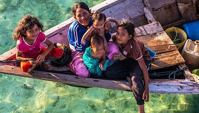 "Ini Sebab Mengapa Masyarakat Bajau Laut Digelar ""Aquaman"" di Sabah"