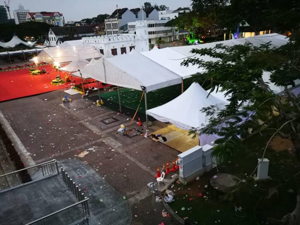 Jangan Sambut Tahun Baru Di Waterfront Kuching Sebelum Anda Baca 5 Panduan Ini