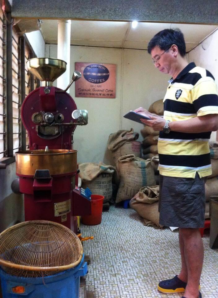 Kenali Black Bean Coffee, 'Starbucks' Tempatan Kuching Yang Original