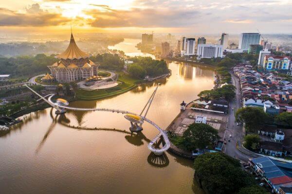 Tak Perlu Transit KL, Sarawak Bakal Mempunyai Penerbangan Terus Ke Tanah Suci