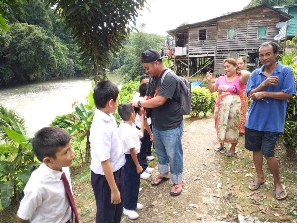 Dengar Nasihat Padu Lelaki Ini, Khas Untuk Anda Yang 'Posting' Kerja Ke Sabah Sarawak