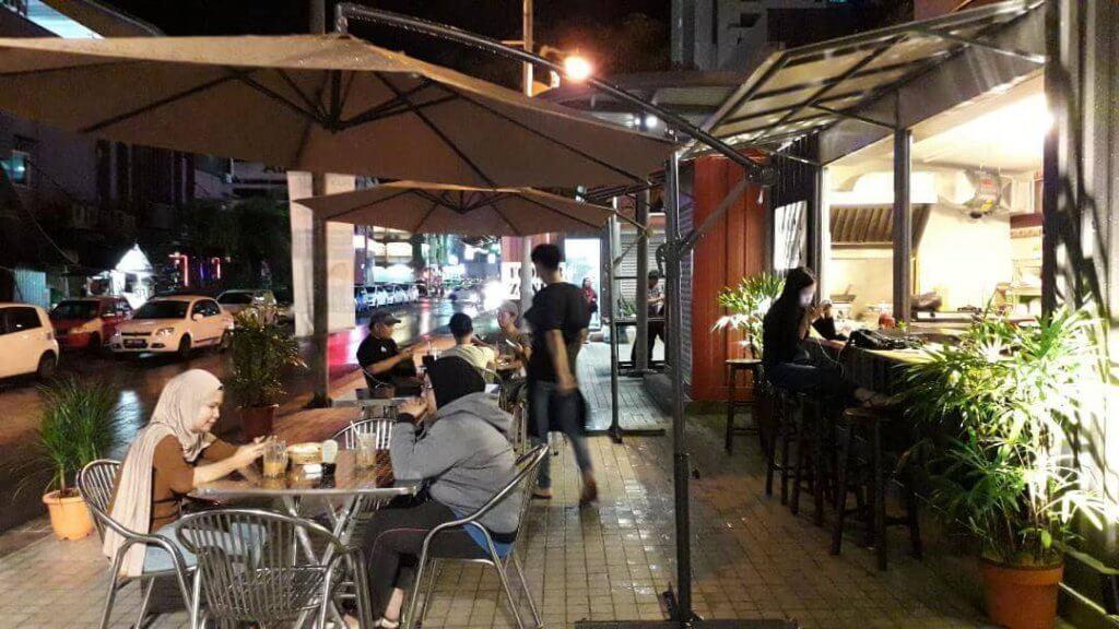 Wireless Walk, Port Santai Dan Busking Terbaru Meriahkan Suasana Malam di Miri