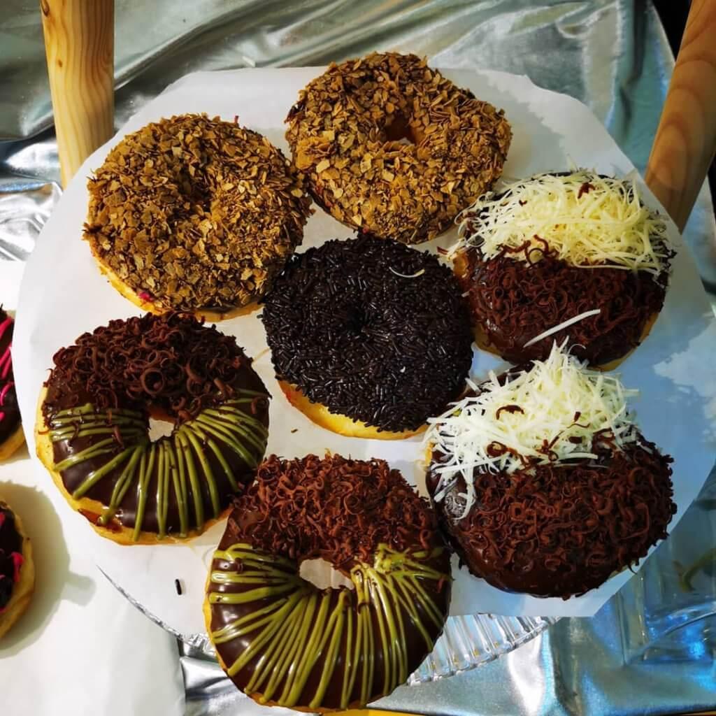 4 Stall Donut Paling Mantap Yang Anda Mesti Cuba di Kuching