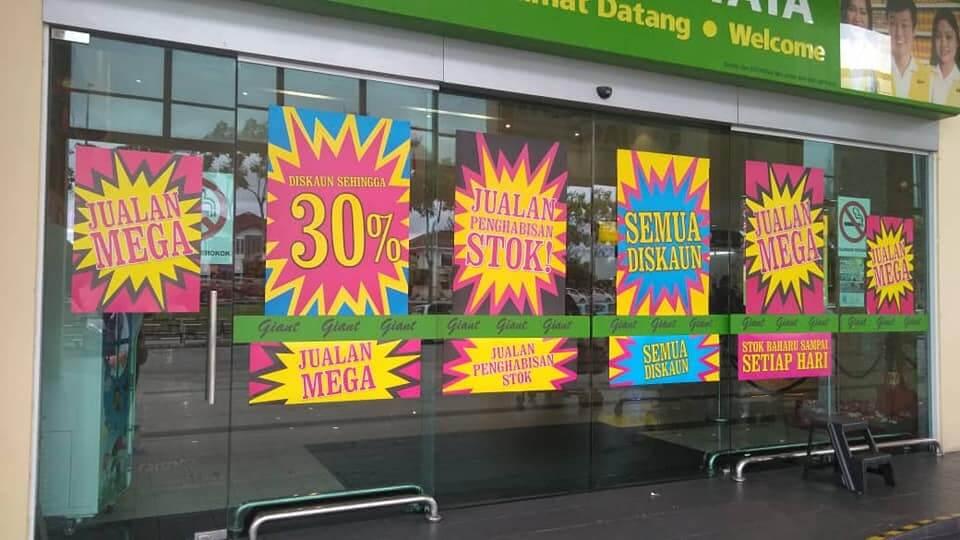 Giant Tabuan Diserbu Pelanggan Sempena Jualan Penutupan