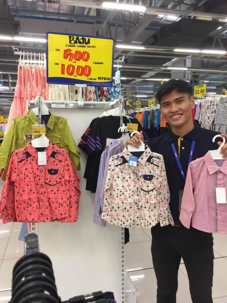 Giliran Mydin Pula Buat Sales, Lelong Baju RM 5 Sahaja