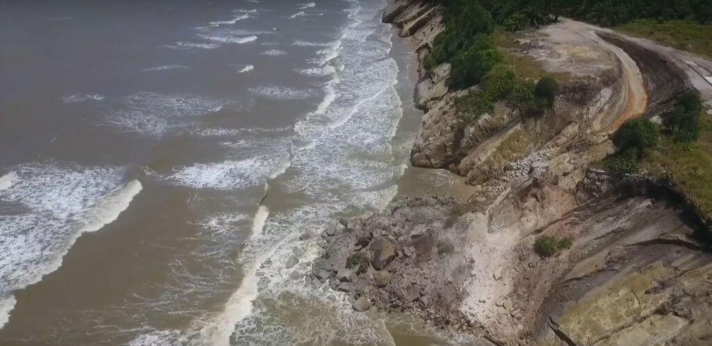 Tiada Lagi 'Kepala Kuda', Tusan Cliff Di Miri Runtuh
