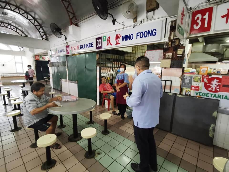 Kedai Makan Di Kuching Bertindak Ingkar, Terus Saji Makanan Kepada Pelanggan