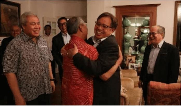 Ketua Menteri Sarawak Kongsi 3 Syarat Untuk Bentuk Kerajaan PN Plus GPS