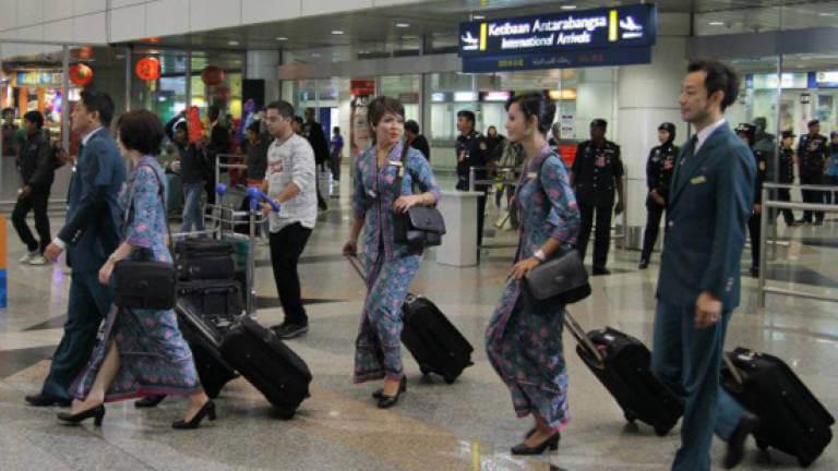 Krisis COVID-19 : Malaysia Airlines Juga Arah Pekerja Ambil Cuti Tanpa Gaji