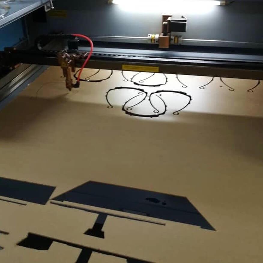 UCTS Tampil Kreatif Guna Pencetak 3D Untuk Hasilkan Pelindung Muka PPE Untuk Frontliner Di Sibu