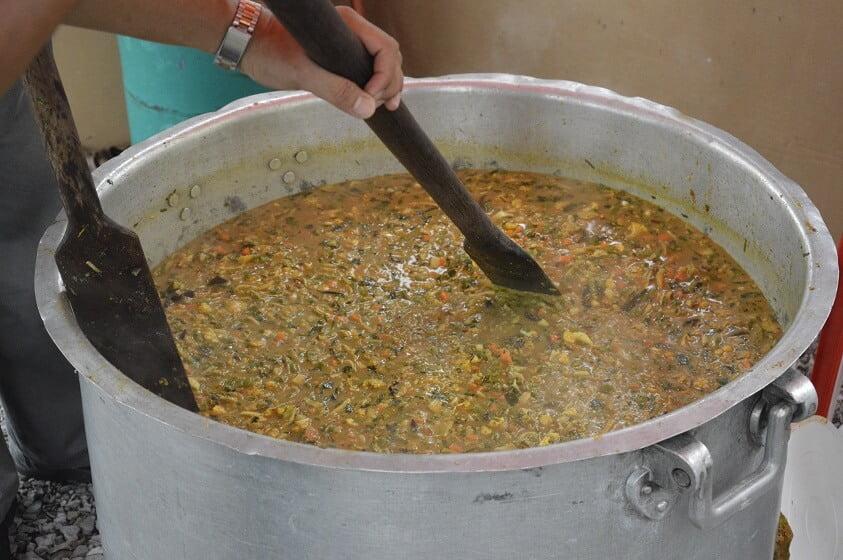 Jom Cuba Resepi Bubur Pedas Ini, Hidangan Sinonim Bulan Ramadan Di Sarawak