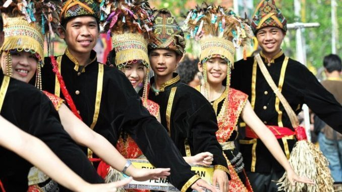 Kenali Asal Usul, Sejarah Dan Tradisi Pesta Kaamatan Yang Anda Perlu Tahu