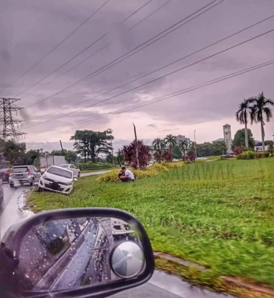 Tak Sampai Sehari, 12 Kemalangan Dilaporkan Di Kuching Akibat Jalan Licin