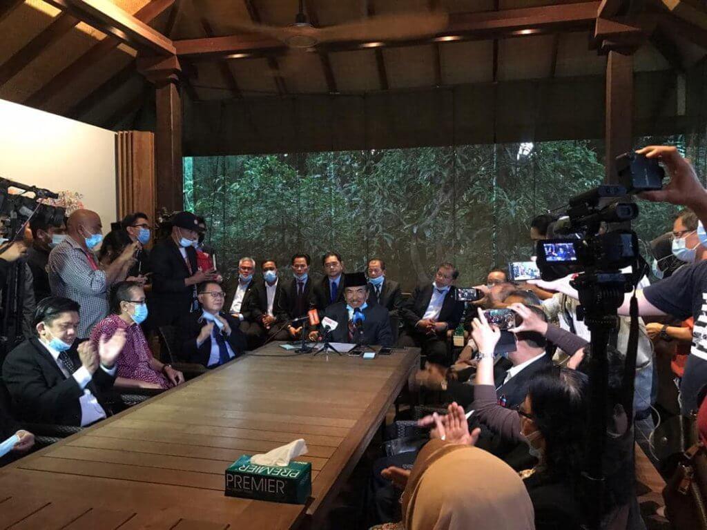 Musa Aman Buat Comeback, Kerajaan Warisan Sabah Bakal Tumbang