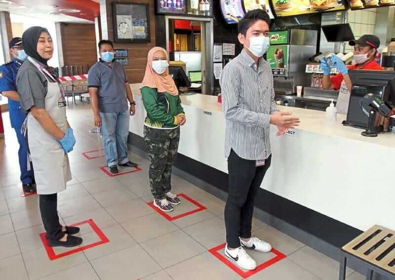 Rakyat Tak Patuh SOP, Penggunaan Pelitup Muka Diwajibkan Di Tempat Sesak Dan Pengangkutan Awam Mulai 1 Ogos