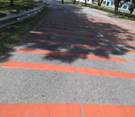 Kecoh Kemunculan 'Garisan Merah' Di Jambatan Satok, Ini Sebab Garisan Ini Dibuat
