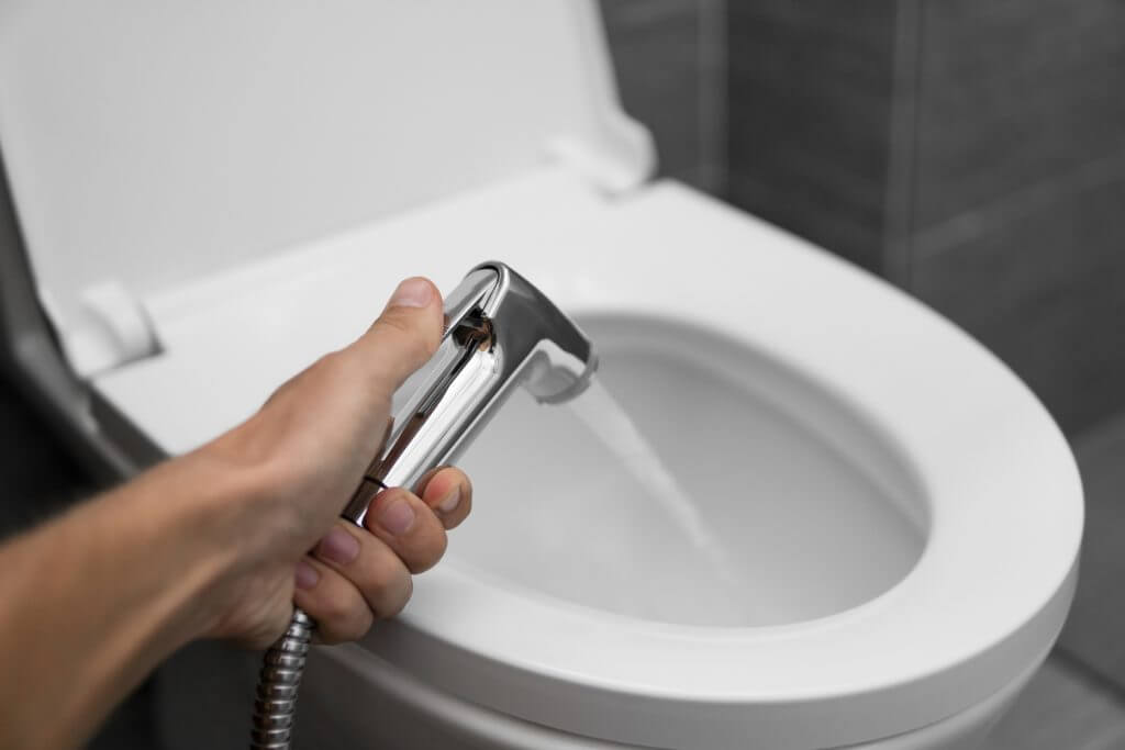 Belanja RM 1K Setahun Untuk Tisu Tandas, Amerika Baru Sedar Cuci Guna Air Lebih Menjimatkan