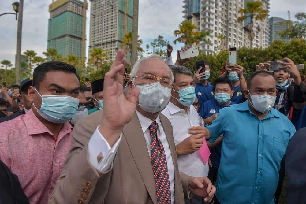 Penyokong Najib Tiada Kawalan Kendiri, DG Hisham Luah Kekesalan