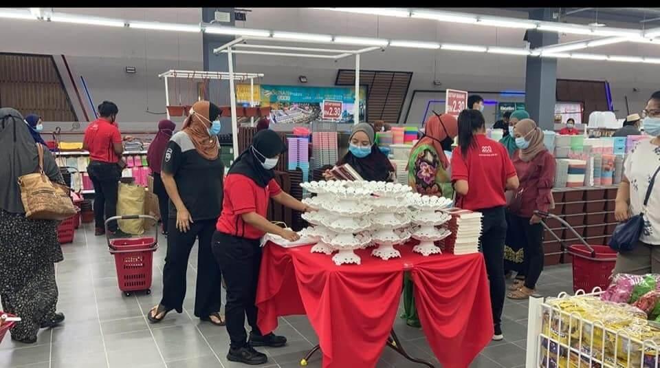 Semuanya RM 2.30 Sahaja, Kedai ECO Shop Cawangan Samarahan Dibuka Hari Ini