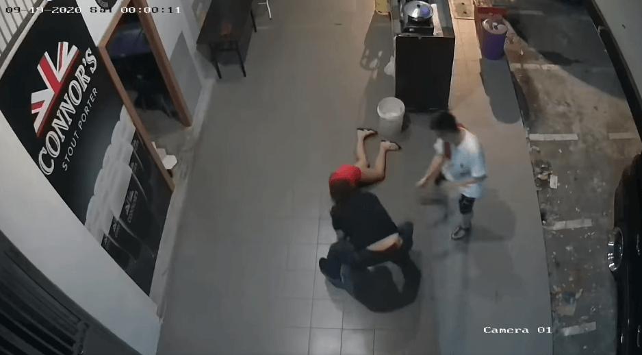 Tular Video Perempuan Dipukul Oleh Seorang Lelaki, Gelar Diri Gangster Sibu