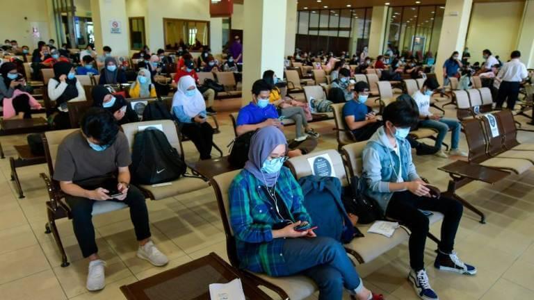 Selalu Beri Keputusan Saat Akhir, Para Pelajar IPT Berang Dengan Keputusan Terbaharu KPT