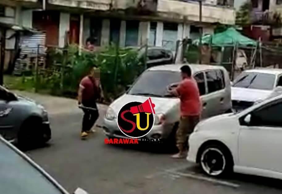 Lelaki Bergaduh Di Jalan Raya Sibu Bawa Besi Dan Parang Ditahan Polis