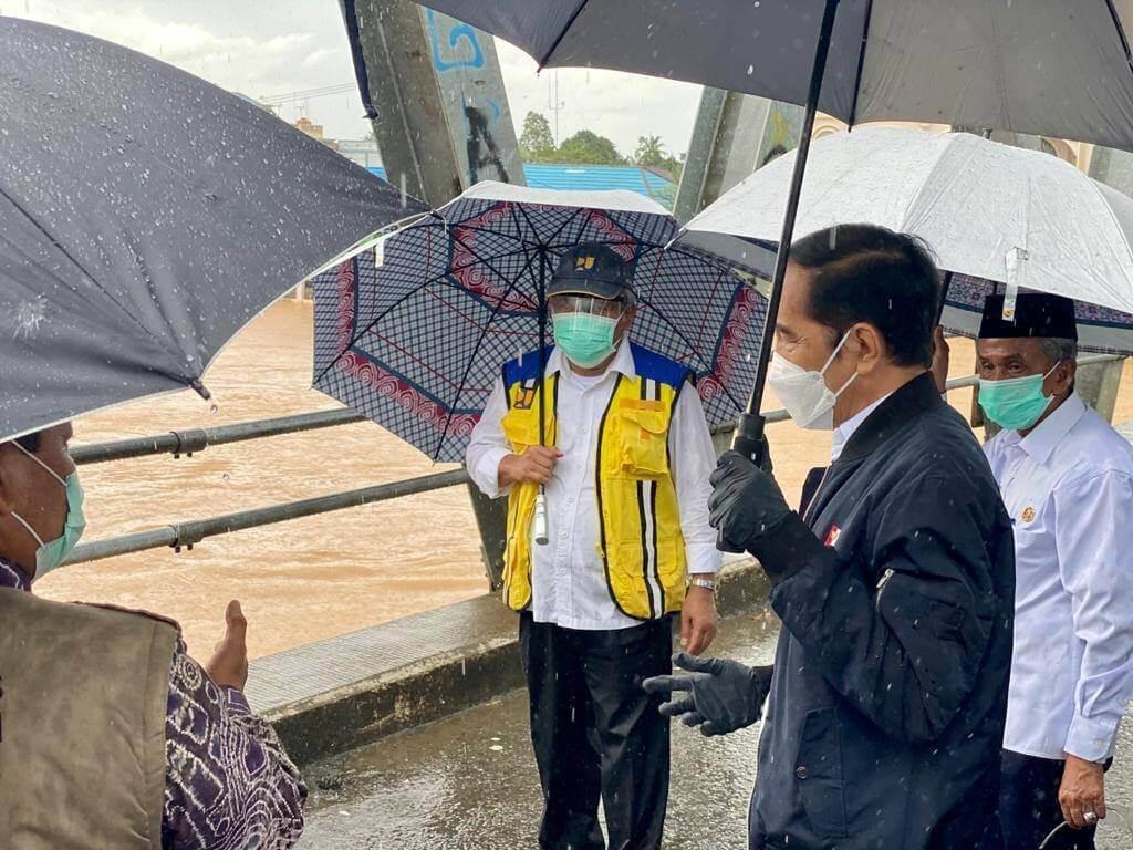 Kalimantan Selatan Turut Dilanda Banjir Teruk, Lelaki Ini Dedah Peta Pulau Borneo Yang Semakin Gondol