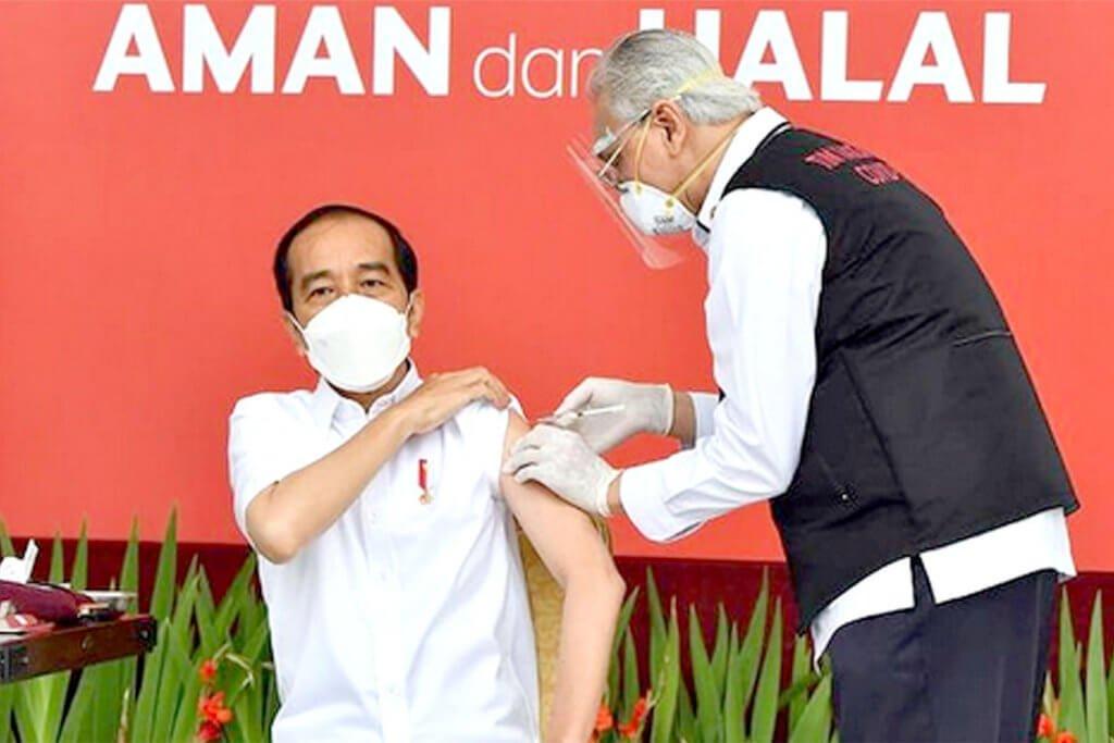 Tular Tangan Doktor Bergegar Suntik Presiden Jokowi, Ini 7 Pemimpin Dunia Yang Sudah Disuntik Vaksin COVID-19