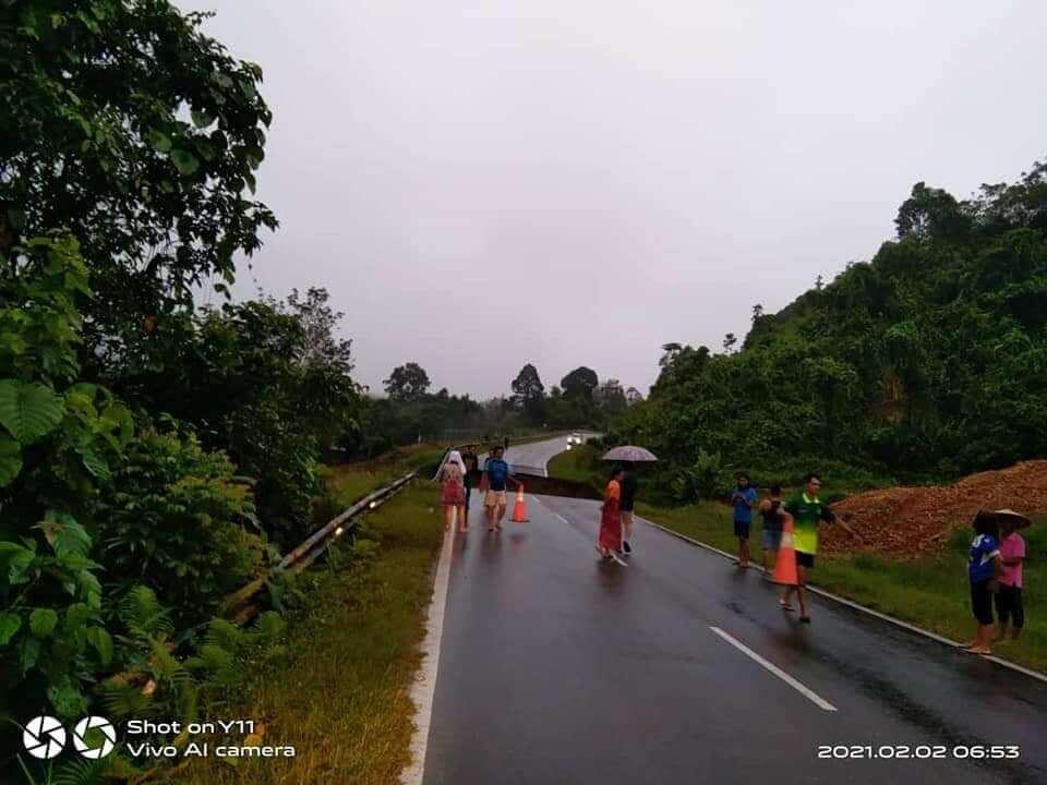 Jalan Melekun-Mujong Di Kapit Kini Ditutup Susulan Jalan Runtuh