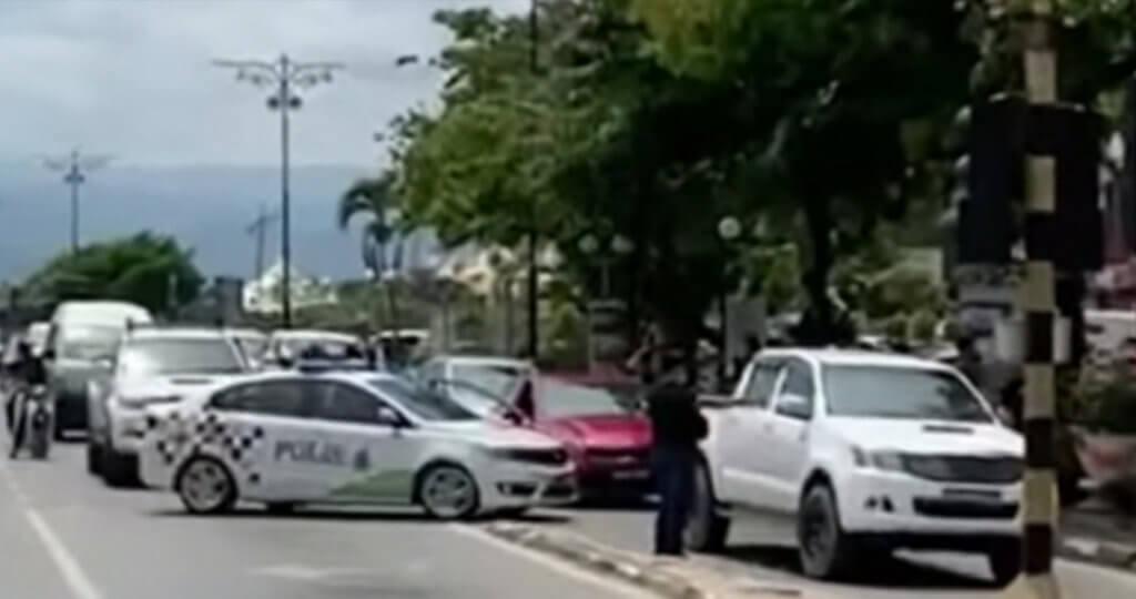 Cuba Larikan Diri Daripada Sekatan Jalan Raya Di Lawas, Polis Terpaksa Lepaskan Tembakan
