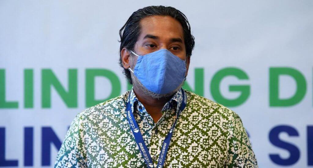 Jangan Percaya Teori Konspirasi, Ini 8 FAKTA Penting Tentang Vaksin COVID-19 Dan Pemberiannya Di Malaysia