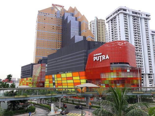 Rasuah Projek Hibrid Solar Di Sarawak, Rosmah Mansor Diarah Bela Diri