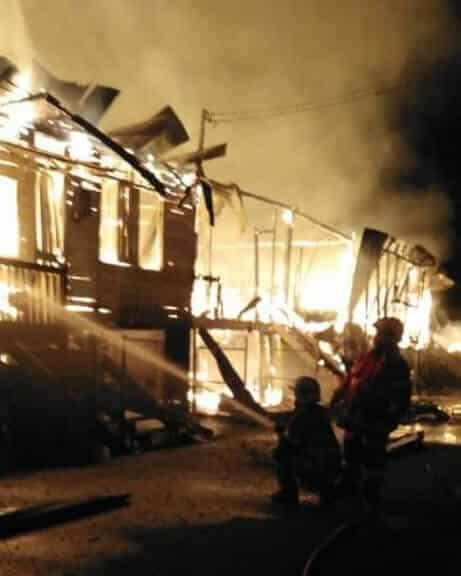 Seorang Rentung Di Dalam Kebakaran Melibatkan Lima Buah Rumah Di Sibu