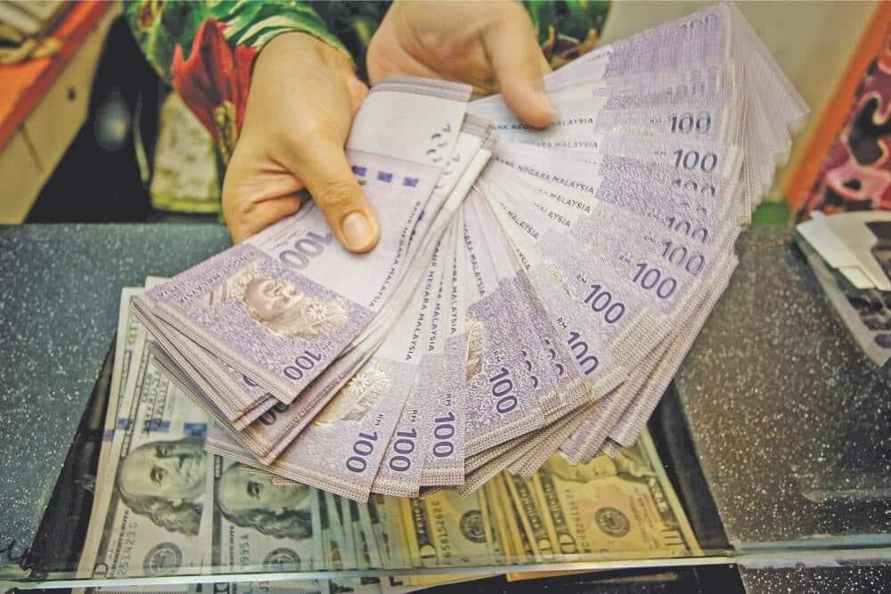 Guru Dari Sarawak Menang Jackpot Bernilai RM 5 Juta Setelah Bertaruh Nombor Plat Kereta Lama
