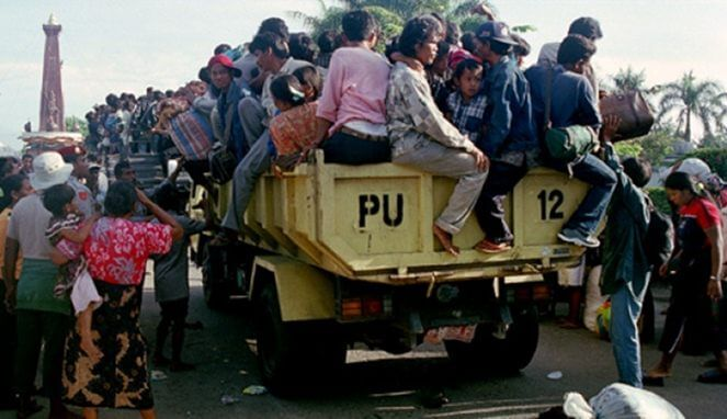 Tragedi Ketupat Berdarah Sambas 1999, Peristiwa Hitam Perkauman Di Pagi Raya
