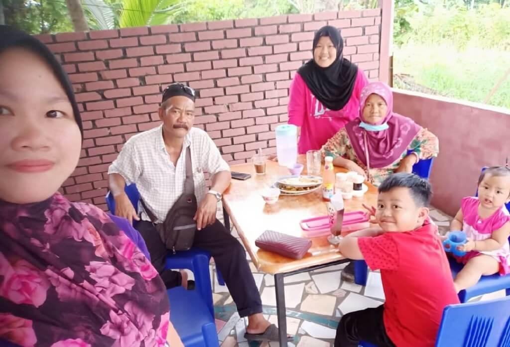 Hanya Mampu Lambai Antara Sempadan Brunei Dan Limbang Untuk Lepaskan Kerinduan