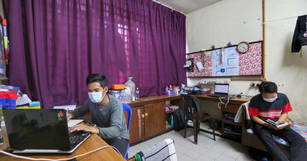 Pelajar IPT Sarawak Tidak Dibenarkan Pulang Ke Rumah, Duduk Kampus Sahaja