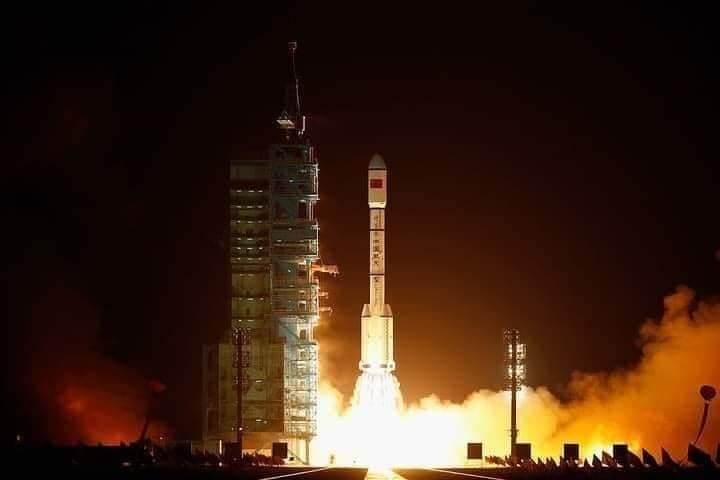 Rocket Dilancarkan China Gagal Dikawal, 21 Tan Serpihan Mungkin Akan Terhempas Ke Bumi