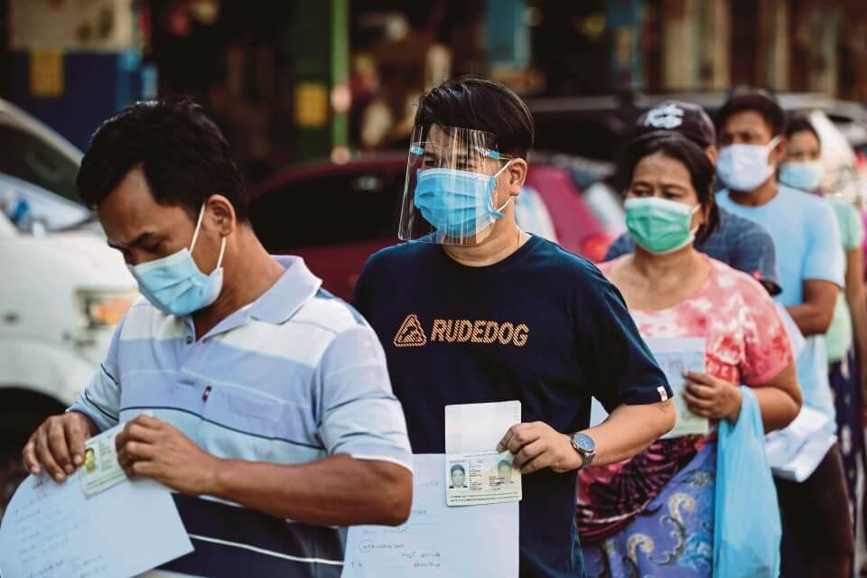 VIP Didakwa Potong Barisan Di Pusat Vaksinasi, Netizen Desak JPBNS Dan KKM Lancar Siasatan