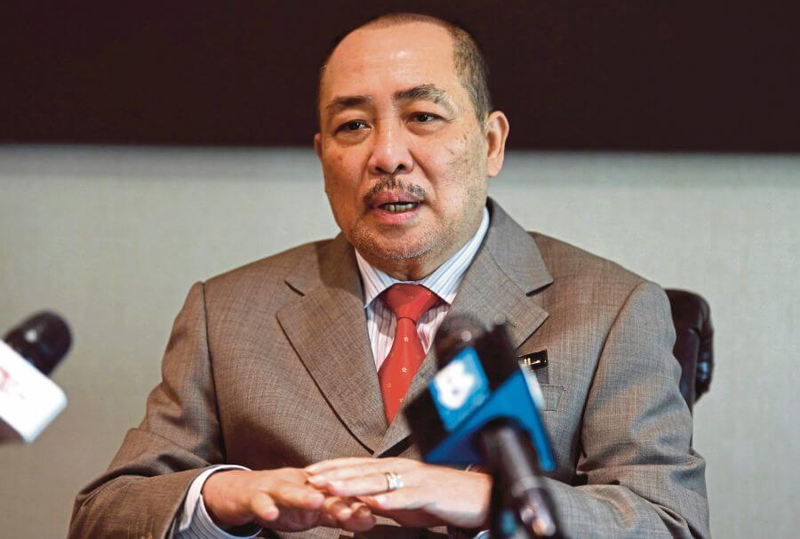 Menteri Dan Pembantu Menteri Di Sabah Potong 50% Gaji Selama 2 Bulan, Bantu Biaya Pengurusan Pandemik COVID-19