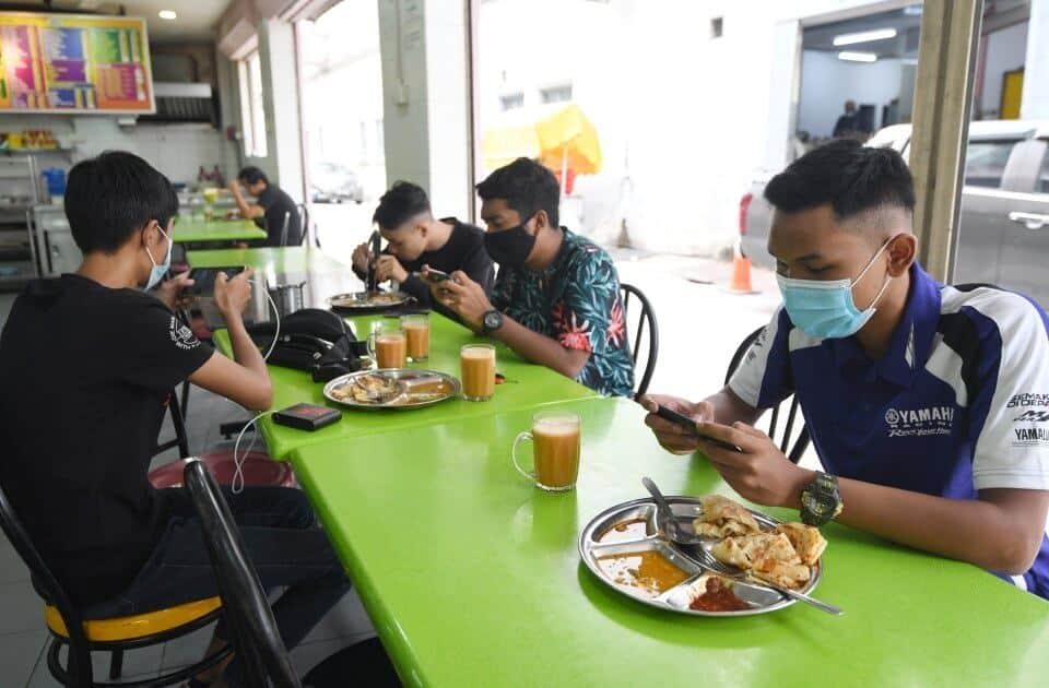 TERKINI: Dine-In Di Kedai Makan Adalah Dibenarkan Di Sarawak Mulai Esok