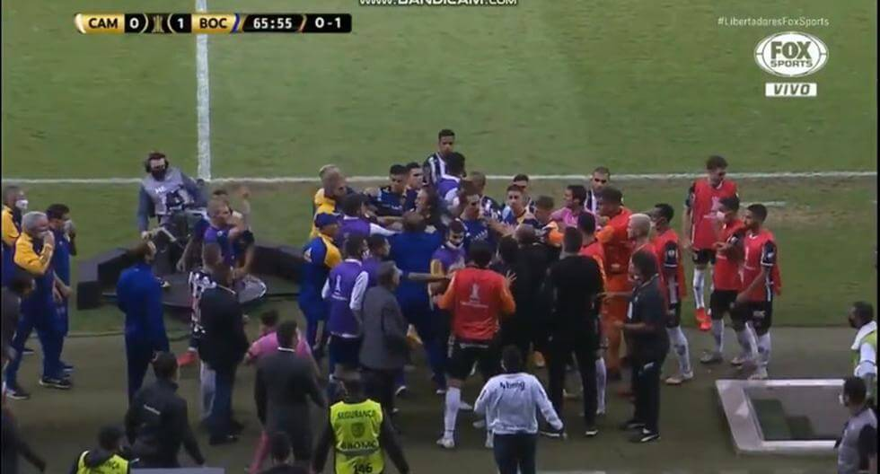 Pasukan Boca Junior Ditahan Kerana Bertengkar Dengan Polis Setelah Tersingkir Dari Copa Libertadores