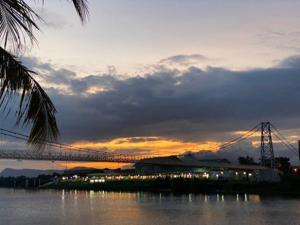 Mercu Tanda Ikonik Bersejarah Di Bandar Raya Kuching, Jambatan Gantung Satok Kini Dibuka Untuk Umum