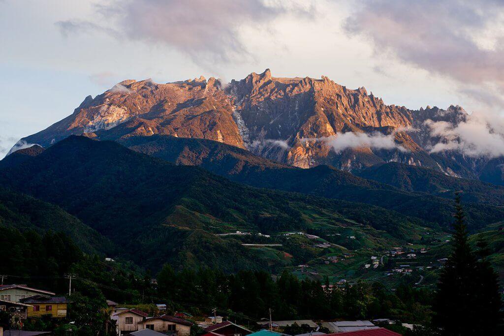 Gunung Kinabalu Sabah Sudah Dibuka Untuk Kunjungan Awam