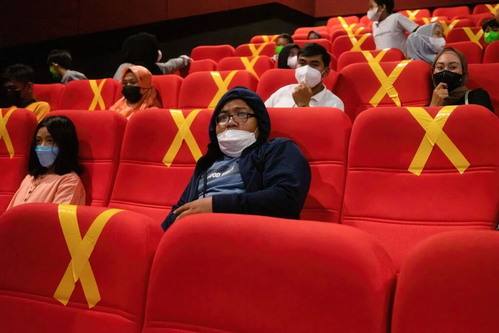Pawagam Dibenarkan Beroperasi Di Sarawak, Berkuatkuasa 10 Oktober Ini